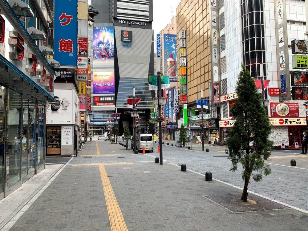 4月10日歌舞伎町 昼間