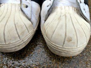 アディダスのスニーカーをウタマロで洗浄