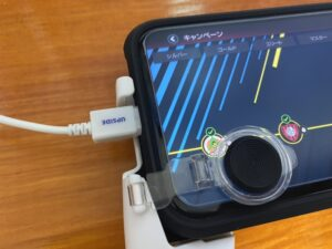 3COINSのスマホゲーム用グリップ